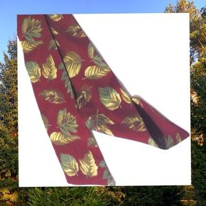 Vintage Harken Ladies Silk Fall Leaves Bow Tie